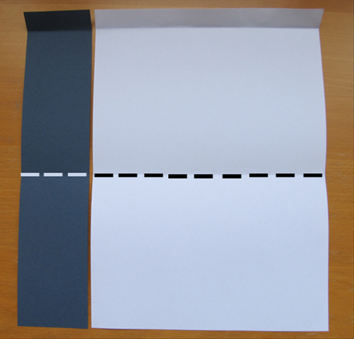 <p> Fold the bottom edges up to the crease.</p>