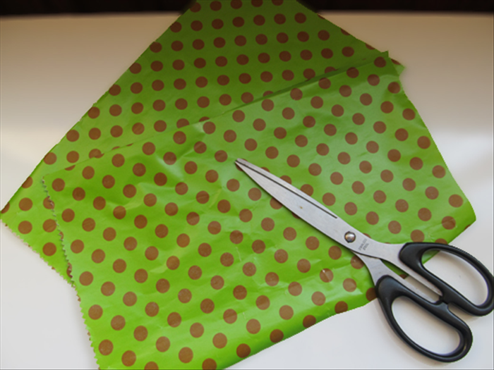 "Cut the paper into equal sizes.  The thin wrapping paper used in this guide was 7"" X 12"". Different paper thickness and sizes will result in different effects."
