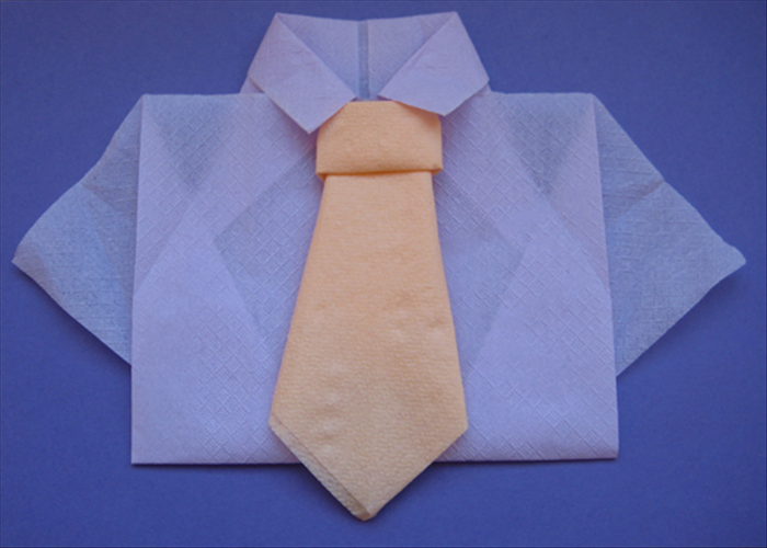 Flip the napkin back over to see the finished tie.