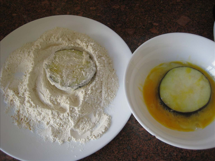 Put 1 egg in a bowl and swill it around 